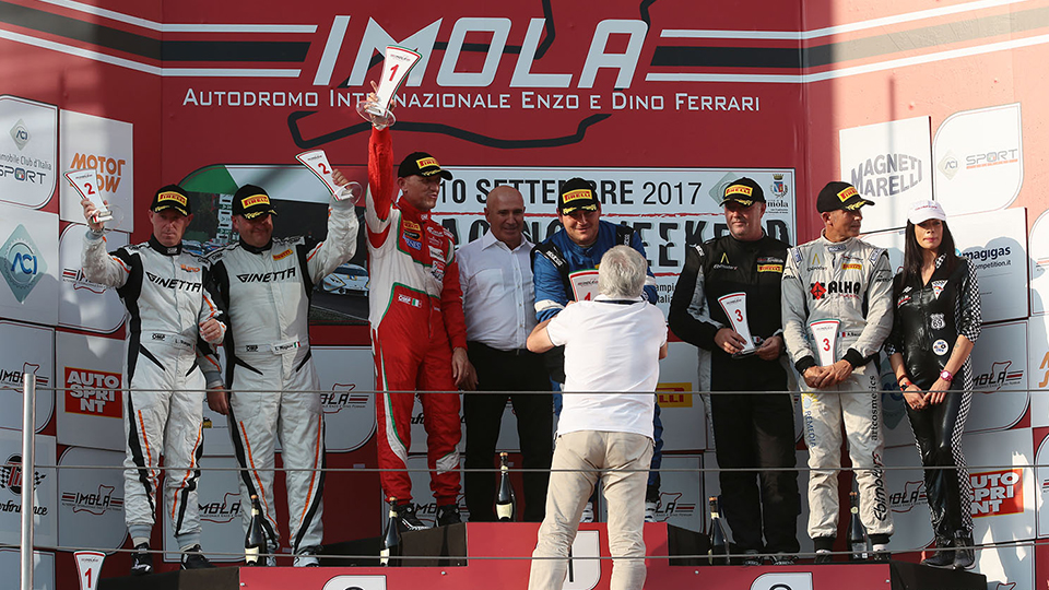 A victory and a second place for Sisgeo and Bontempelli during the meeting of Imola for the Italian championship of Gran Turismo.